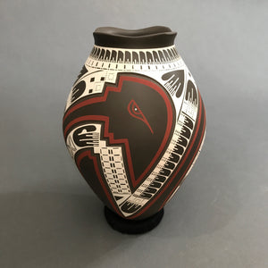 Mata Ortiz Handbuilt and Burnished Low Fire Pottery