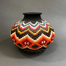 Load image into Gallery viewer, Wounaan Natural Fiber Basket #80 / From Colombia / Natural Plant based Dyes