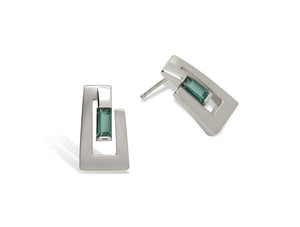 Contemporary Design Green Quartz Sterling Silver Earring