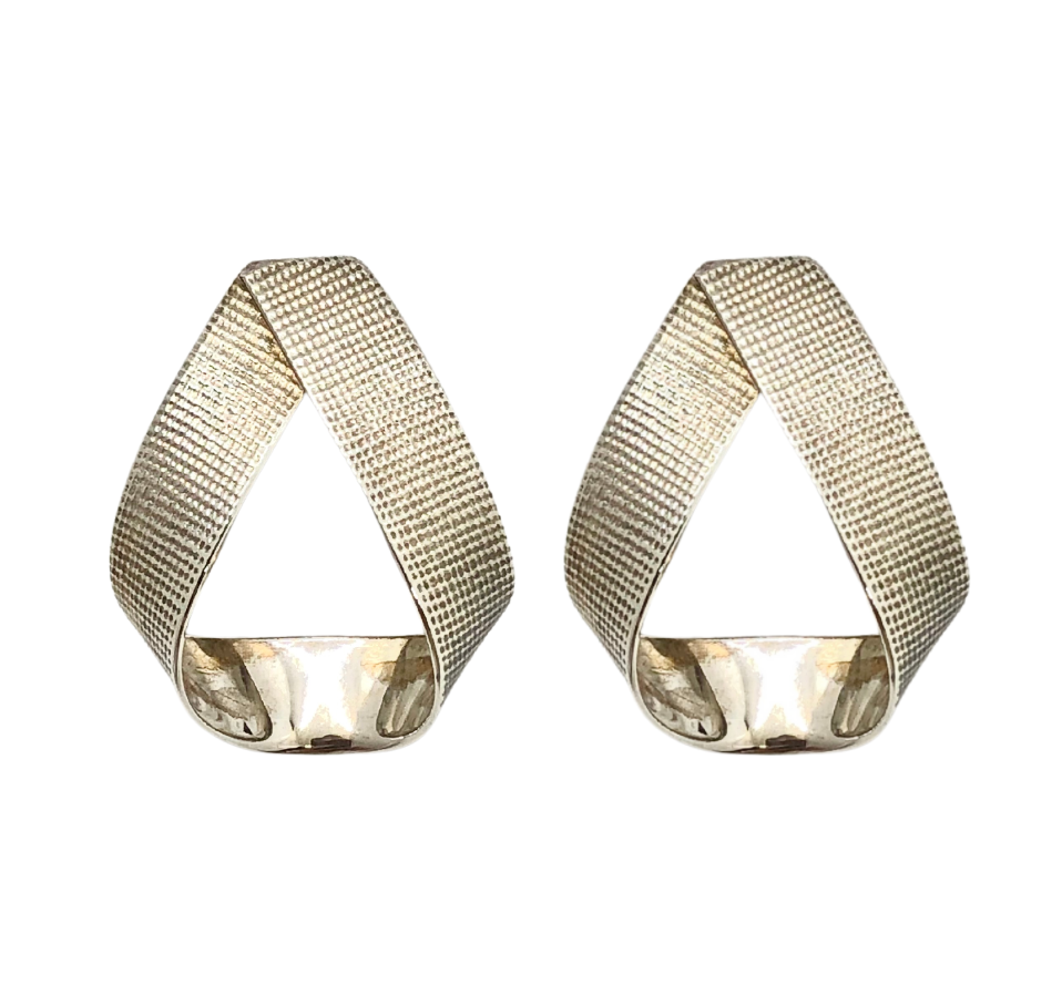 Textured Overlap Earrings
