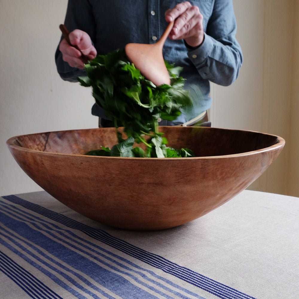 "Load image into Gallery viewer, 20"" Hand-carved Wooden Bowl, Big Salad Bowl, Big Wooden Serving Bowl"