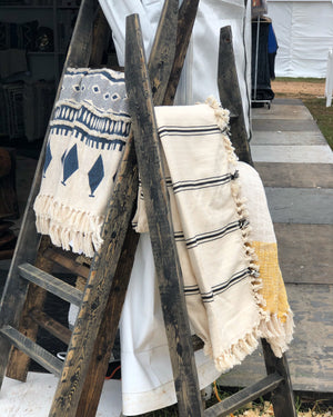 Handcrafted Texas Blanket Ladder