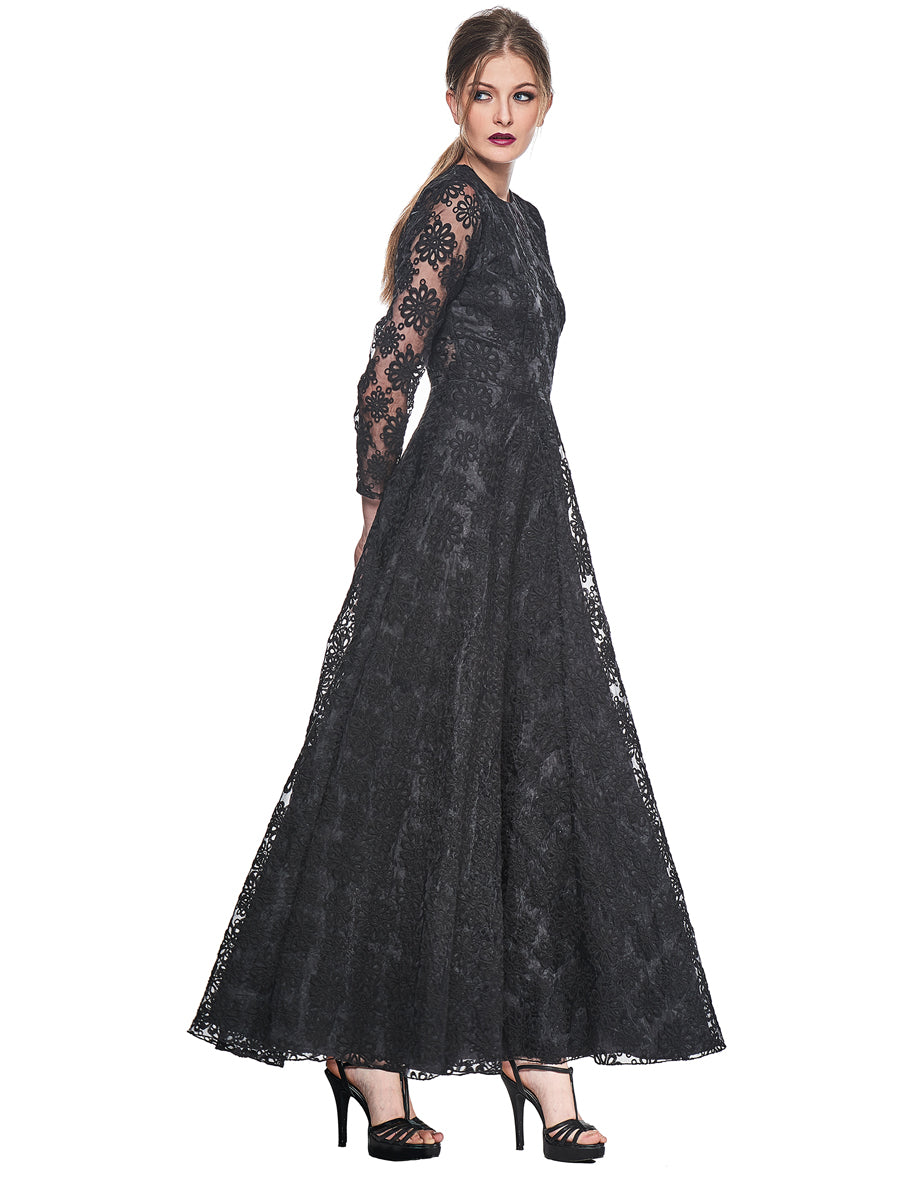 Marion - Limited Edition. Black Lace Long Dress. 10 pieces.