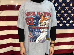St Louis Cardinals Vintage 1998 Mark McGwire Home Run Record Crew T-Shirt
