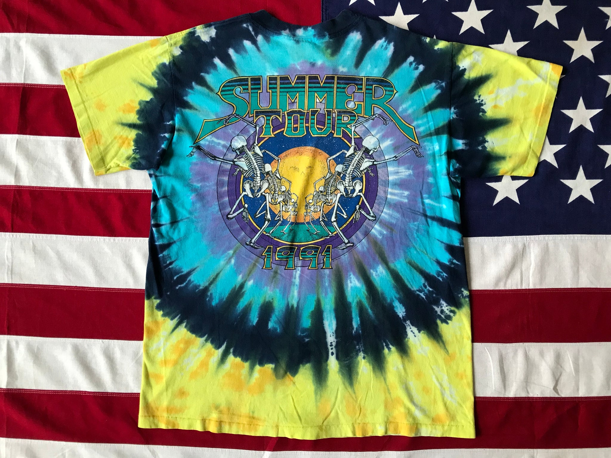 "Grateful Dead - David Opie "" Summer Tour 1991 "" Original Vintage Rock Tie Dye "" Sun Skeletons "" T-Shirt by Liquid Blue Made in USA"