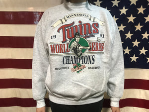 Minnesota Twins MLB World Series 90's Vintage Crew Sporting Sweat by Tultex Made in USA