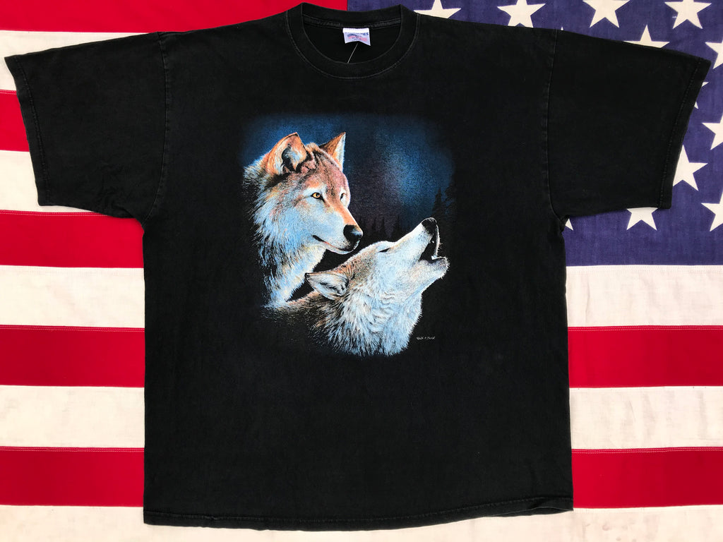 "Animal Print 90's Vintage T-shirt "" Wolves "" Artist - Keith Bost Made in USA by Malones"