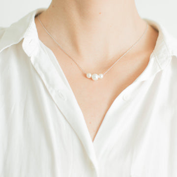 Delicate Silver White Pearl Necklace