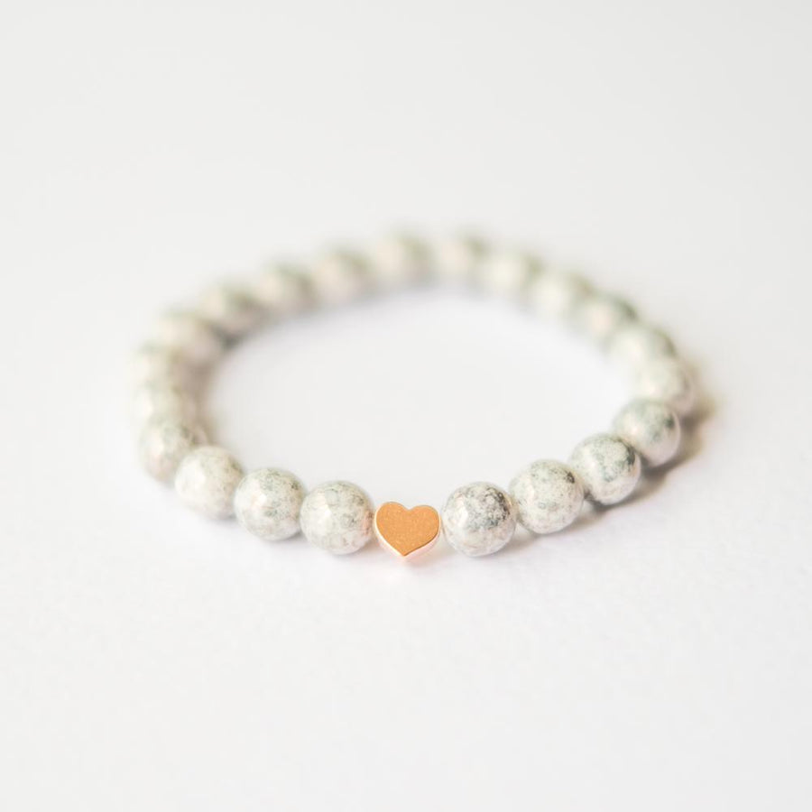Marble bead bracelet with rose gold heart
