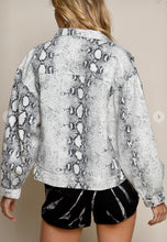 Load image into Gallery viewer, Jacket - Snakeskin