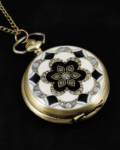 Vintage Style Pocket Watch Pendant Necklace 2 Inset