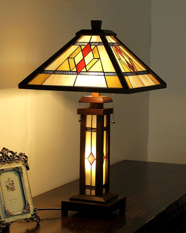 Arts & Crafts Gareth Stained Glass Table Lamp display