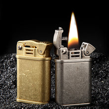 Load image into Gallery viewer, Briquet Essence Shelby - Noir