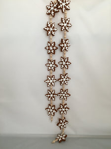 "Cinnamon ""Gingerbread"" Snowflake Garland with Natural Wooden Beads"