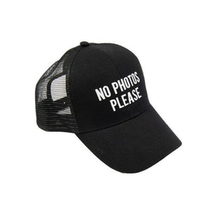 Gorra No Photos Please