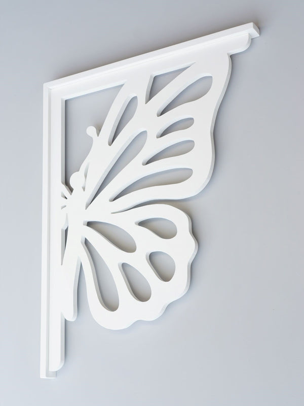 Monarch Butterfly Decorative Bracket