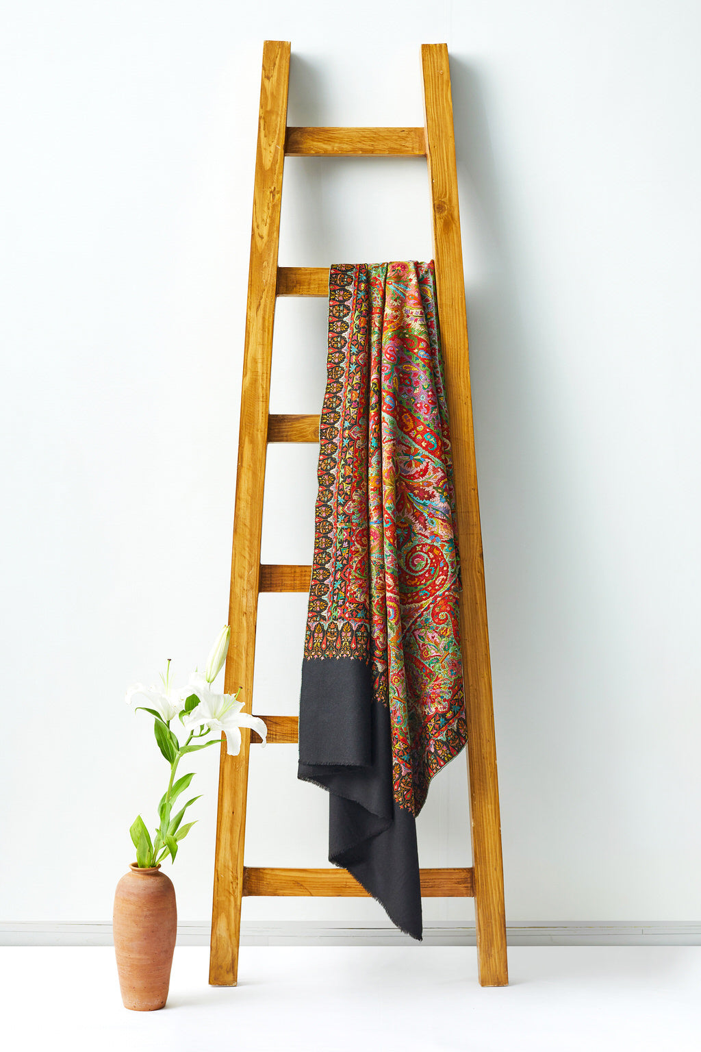 An Imperial Piece - Multicolored Woolen Shawl
