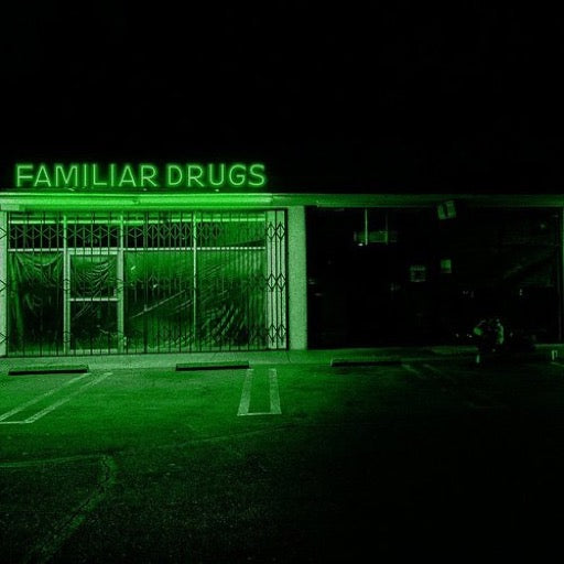 ALEXISONFIRE <br/> <small>FAMILIAR DRUGS</small>