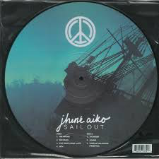AIKO,JHENE <br/> <small>SAIL OUT (PICT)</small>