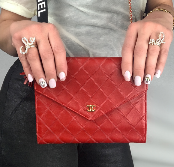 Vintage CHANEL Agneau Rouge Clutch on Chain