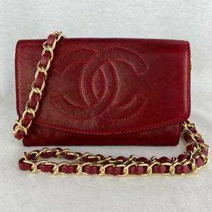 CHANEL Vintage CC Red Lambskin Wallet on Chain