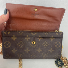 Load image into Gallery viewer, LOUIS VUITTON Sarah Wallet on Chain & Charm
