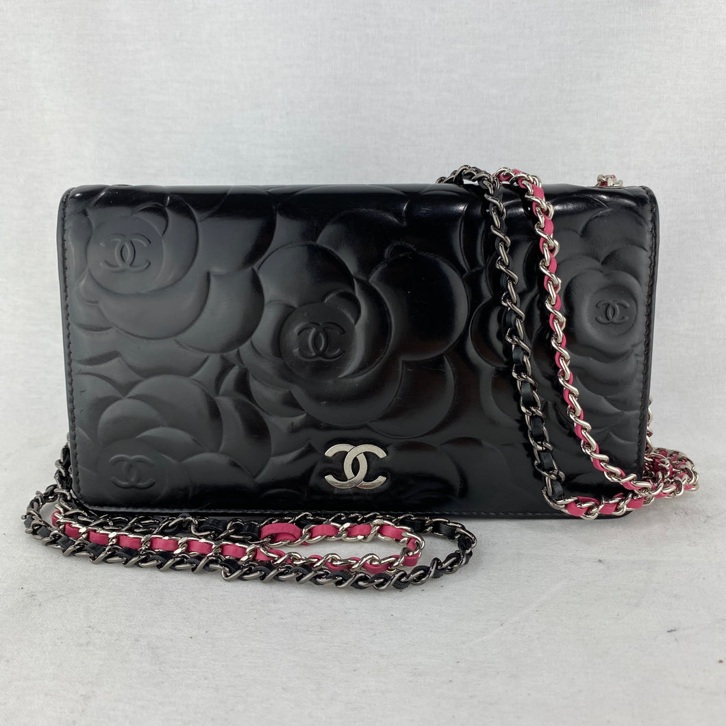 CHANEL Camellia Wallet on Micro Chain