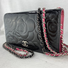 Load image into Gallery viewer, CHANEL Camellia Wallet on Micro Chain