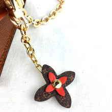 Load image into Gallery viewer, LOUIS VUITTON Sarah Wallet on Chain &Flower Charm
