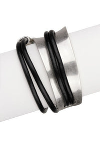SAACHI Swish Leather Bracelet
