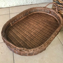 Load image into Gallery viewer, Oval Rattan Trays