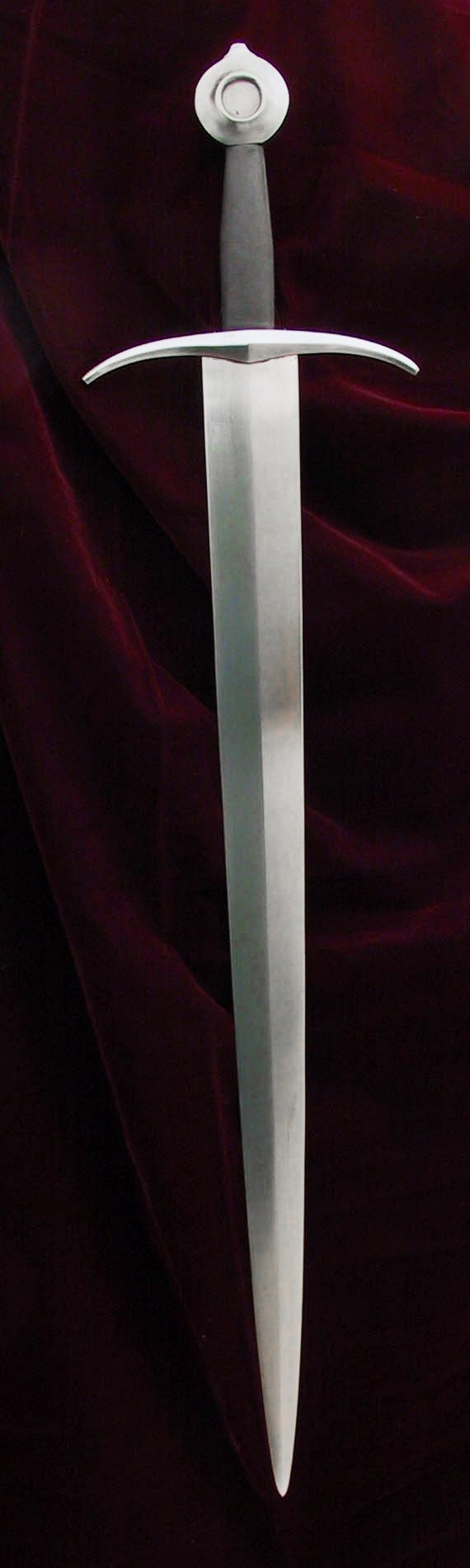FRENCH MEDIEVAL ARMING SWORD - OAKESHOTT TYPE XV