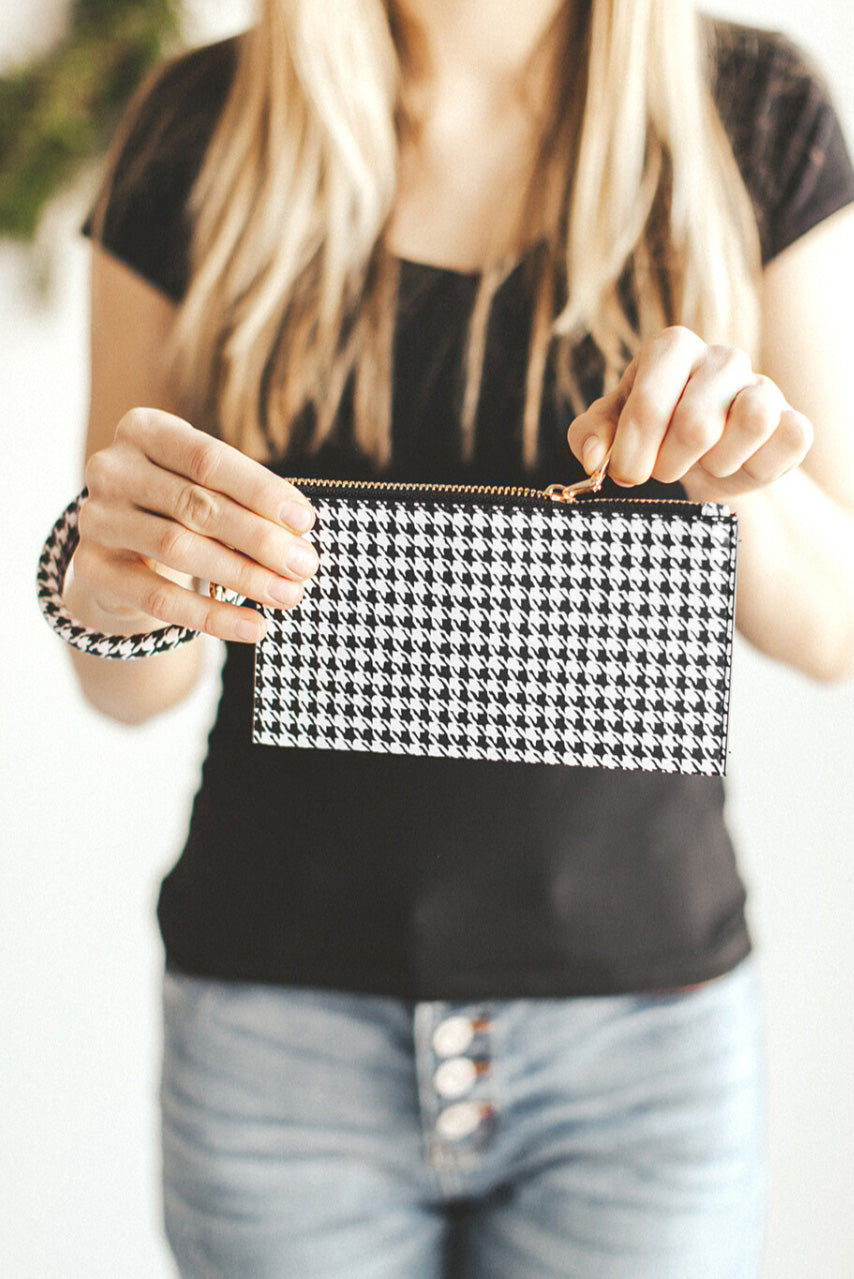 Houndstooth Print Clutch Bags Discount Designer Fashion Clothes Shoes Bags Women Men Kids Children Black Owned Business