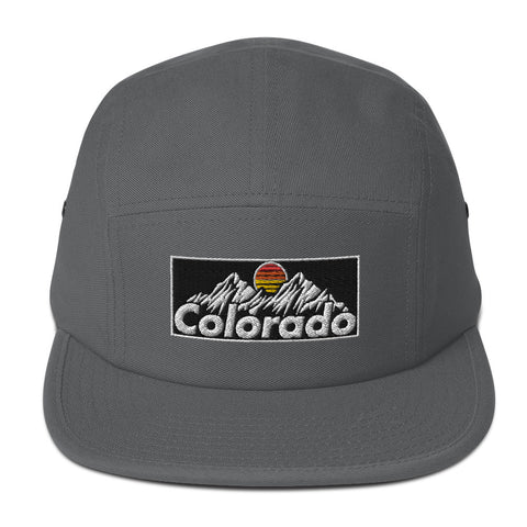 Colorado Mountain Retro Design 5 Panel Camper