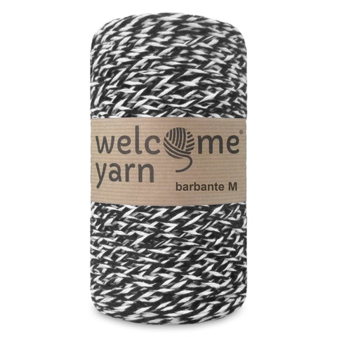 Barbante Yarn Black and White