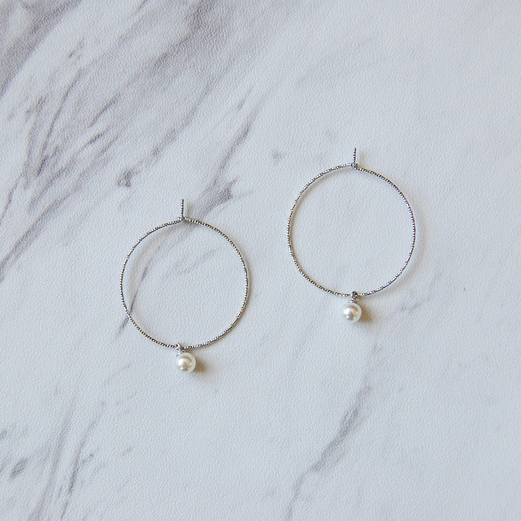 Willow Pearl Hoop Earring - 11 & THOMS
