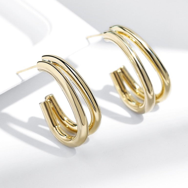 Glossy Curved Hoops - 11 & THOMS