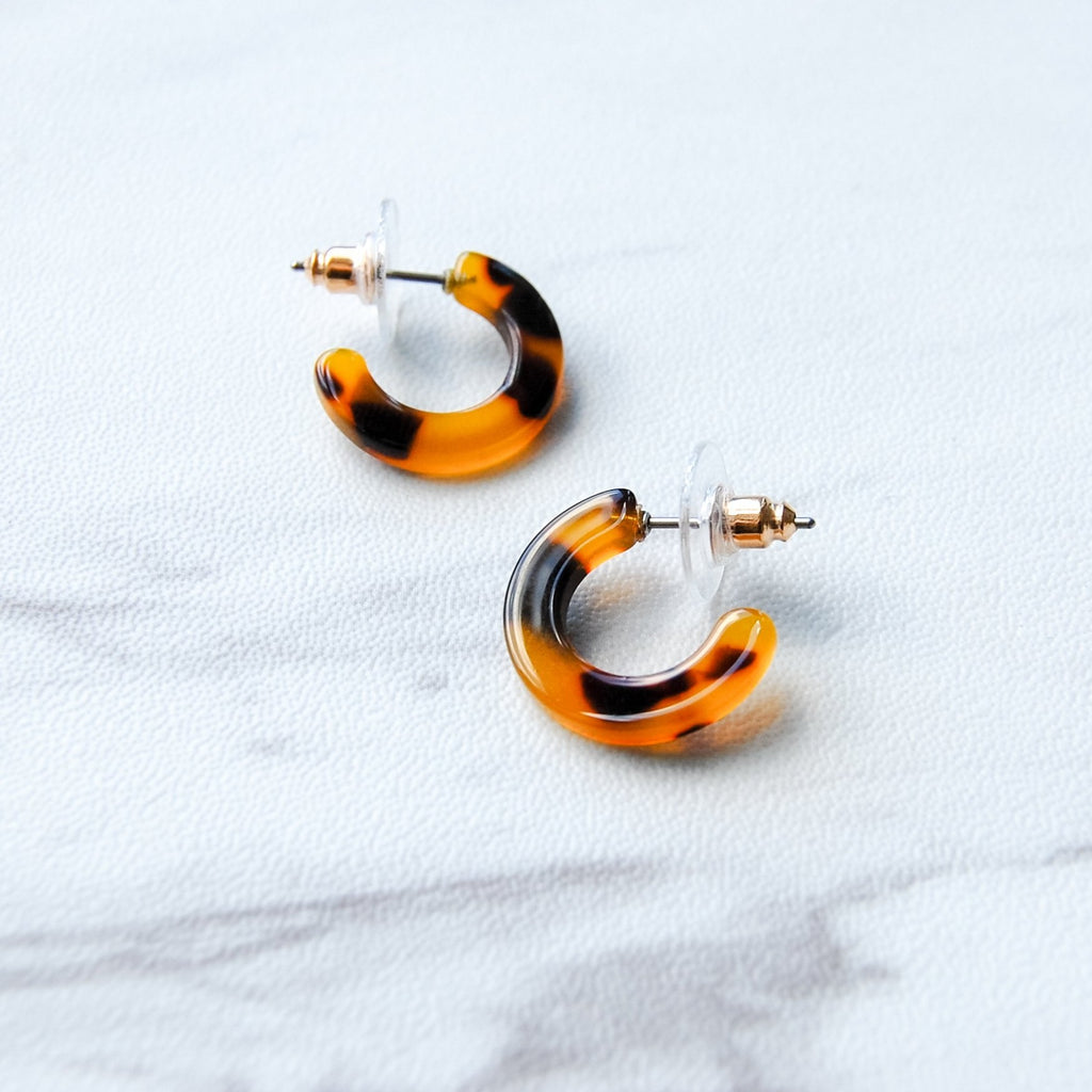 Payson Hoop Earrings | Tortoise - 11 & THOMS