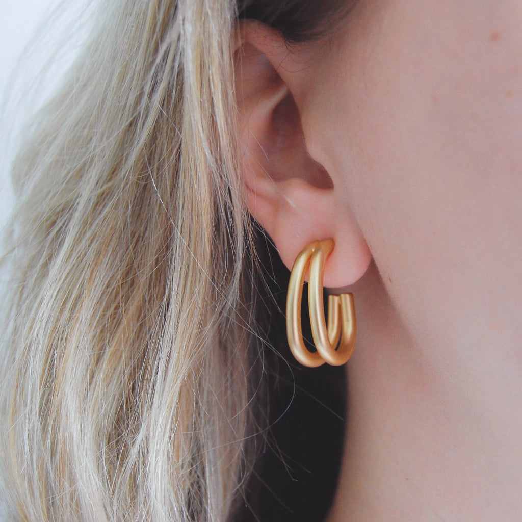 Chunky Curved Hoops - 11 & THOMS