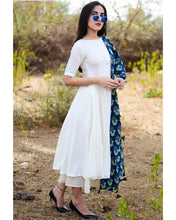 Load image into Gallery viewer, Classsic White colour Salwar Suit