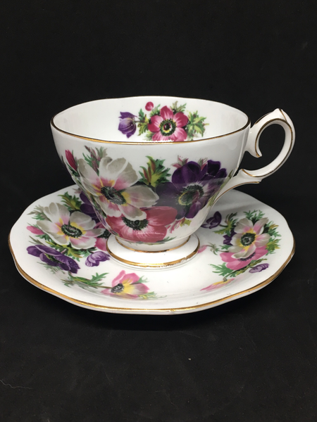 Queen Anne 'Anemone' Tea Cup