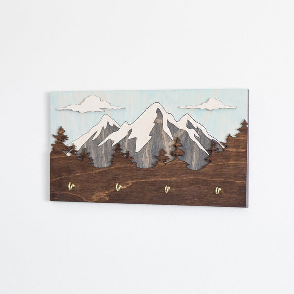 Mountain Scene Key Holder