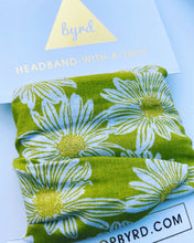 Load image into Gallery viewer, 90's Green Daisy Wire Headband