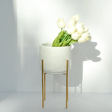 Load image into Gallery viewer, White marble vase/planter with stand