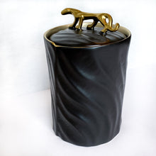 Load image into Gallery viewer, Gold & Black Tiger Jar