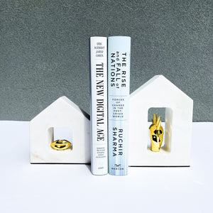 Bisou Bookend