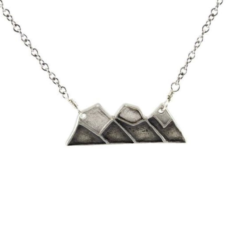 mackenzie jones three sisters necklace