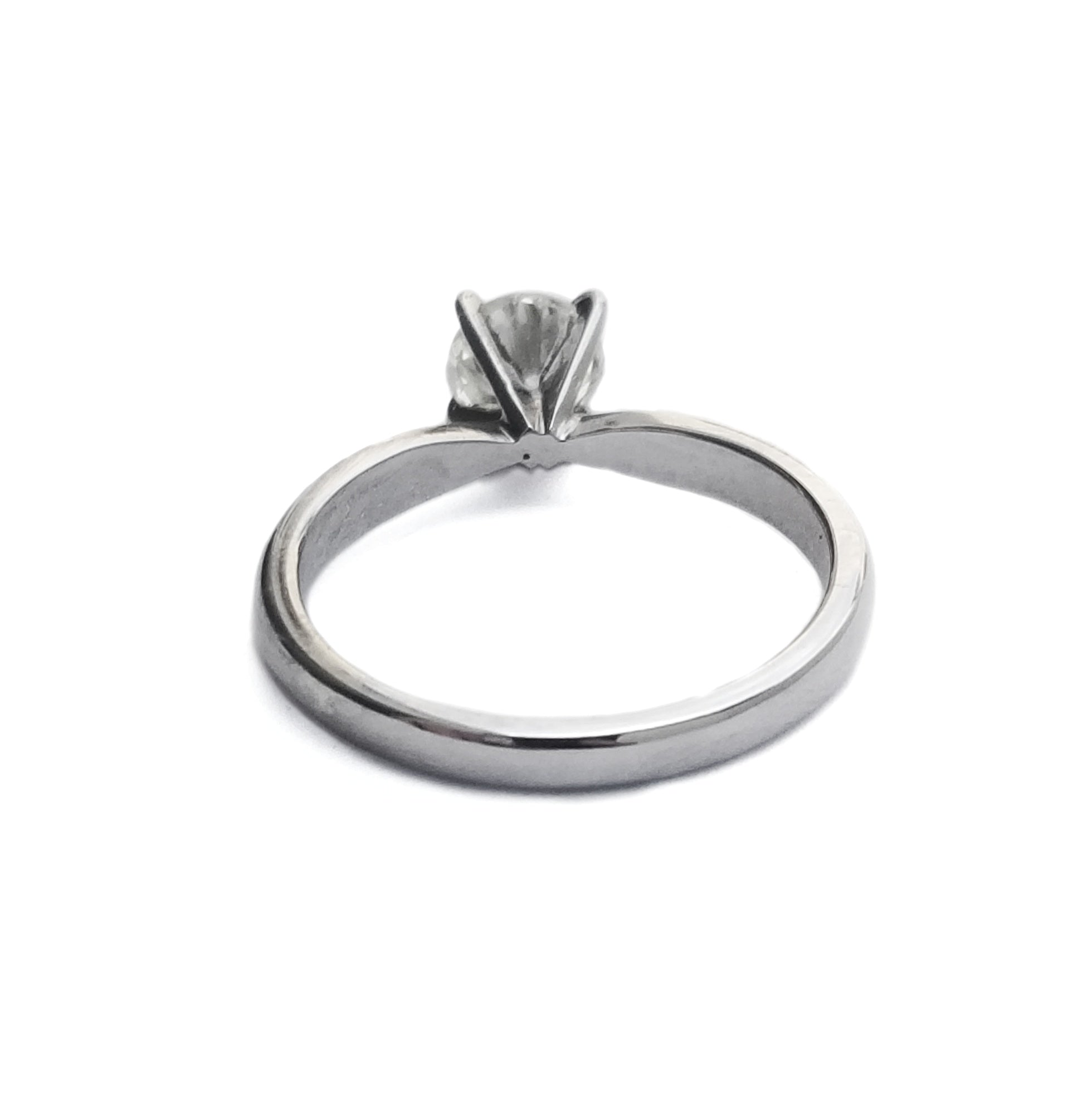0.82 CT Diamond solitaire engagement ring