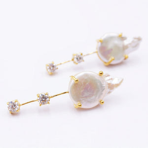 Double CZ and baroque pearl fashion earring