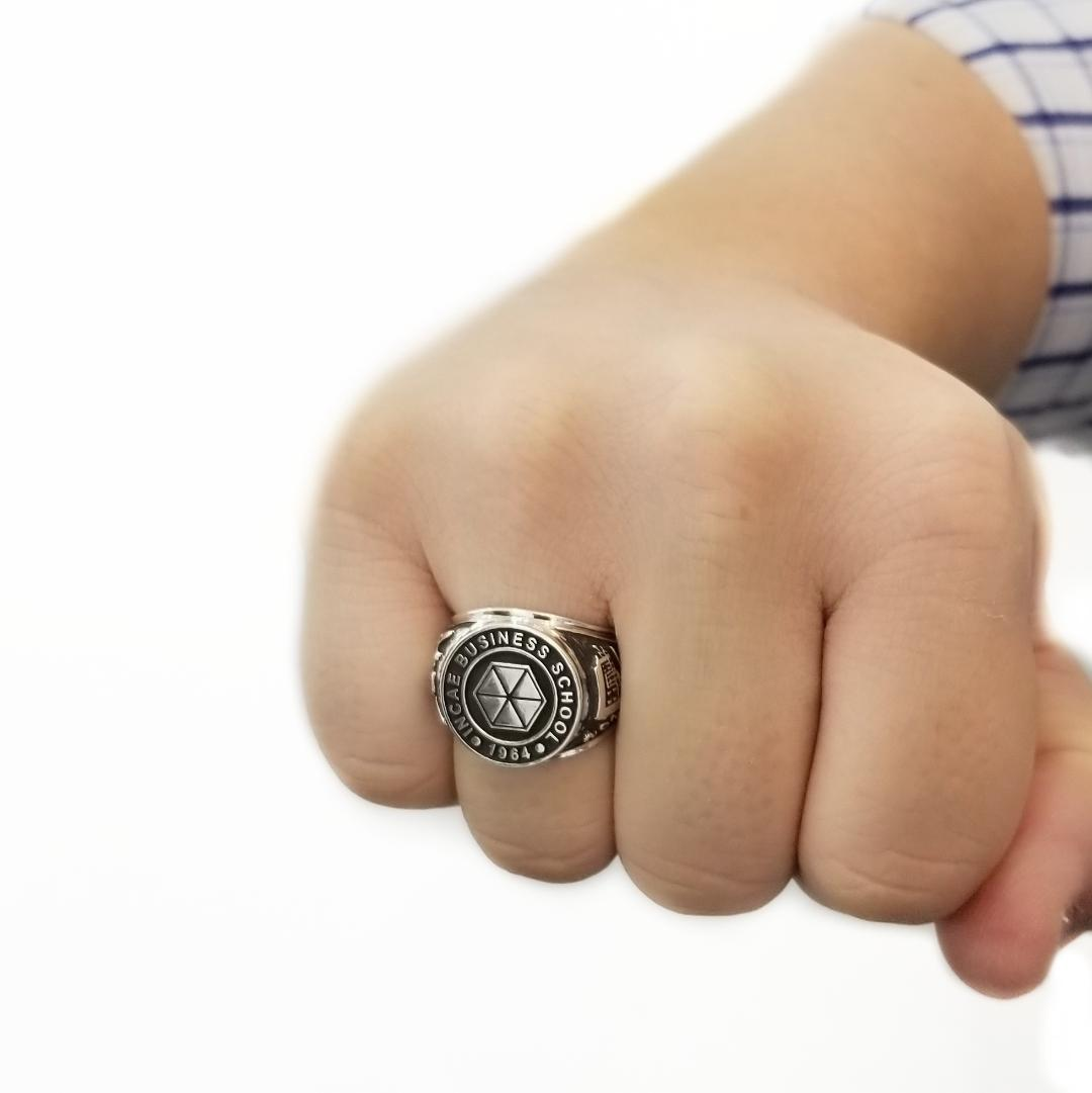 INCAE Class ring I1 Model